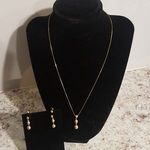 14kt Gold Necklace with Earings Set